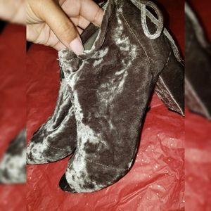 Velvet sand gray booties boots